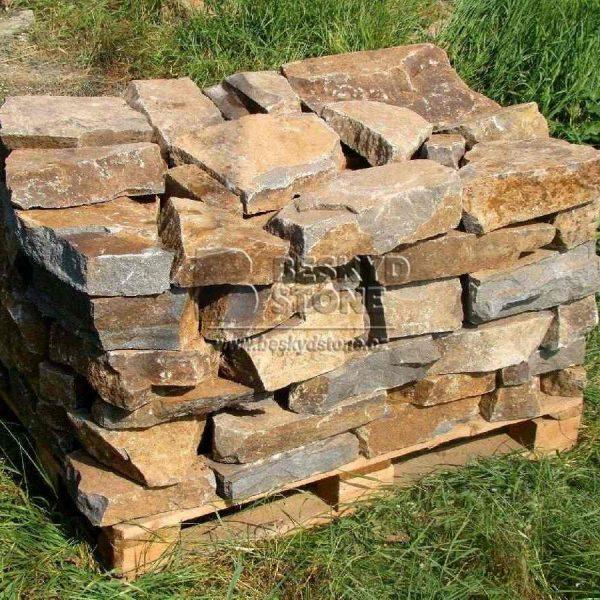 Zídkový kámen štípaný Andezit