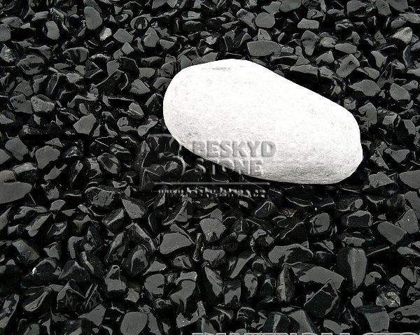 Dekorační drť z černého mramoru
