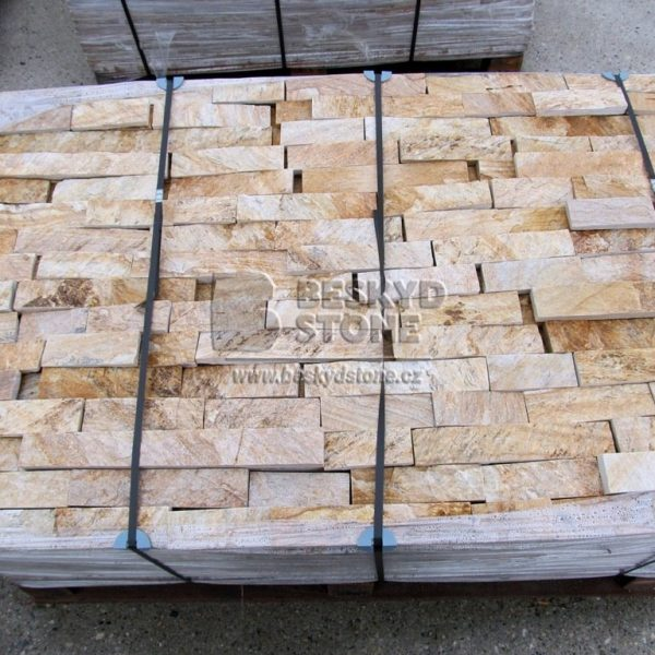 Kamenný obkladový pásek z Gneisu zlatého